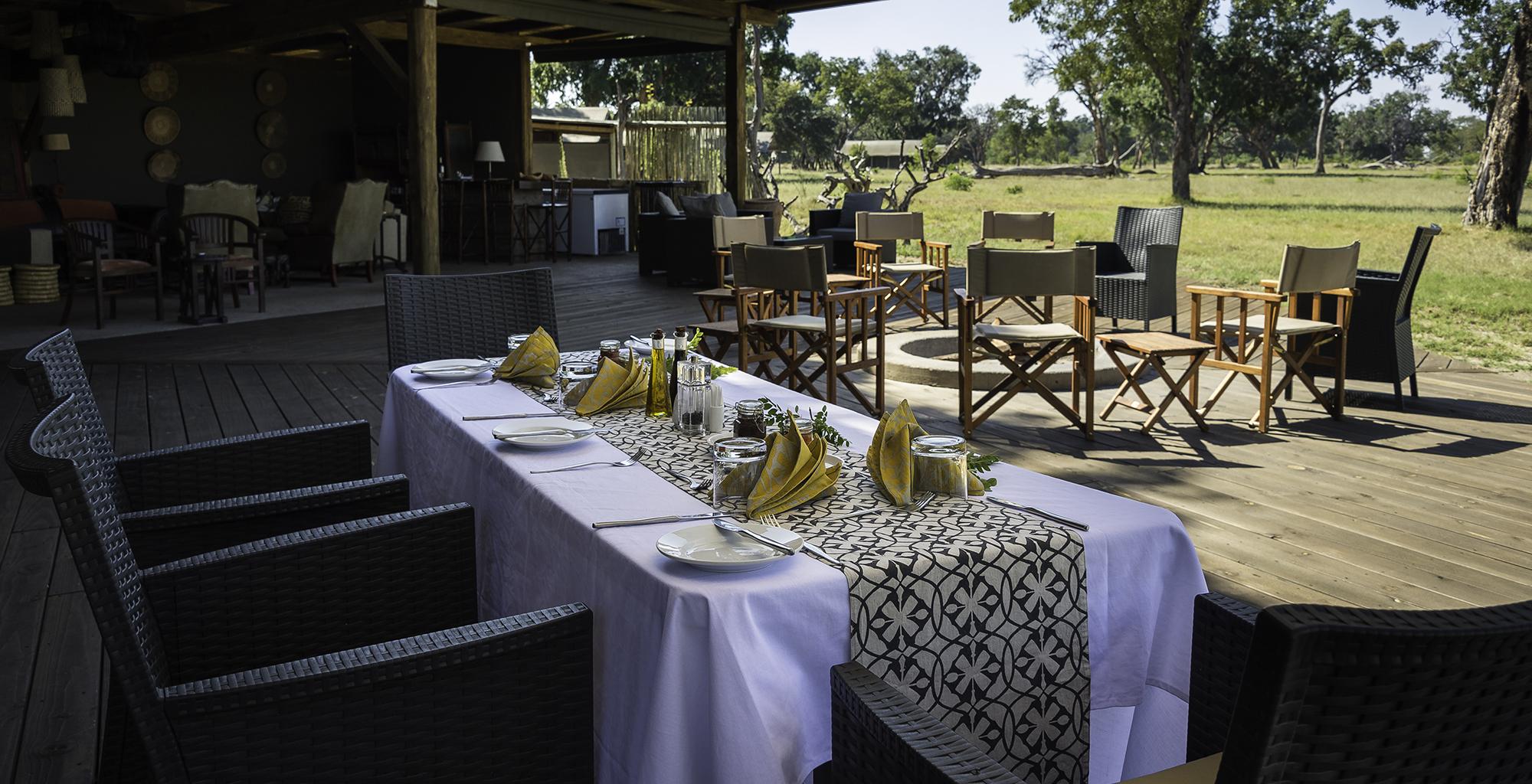 Zimbabwe-Davisons-Camp-Dining