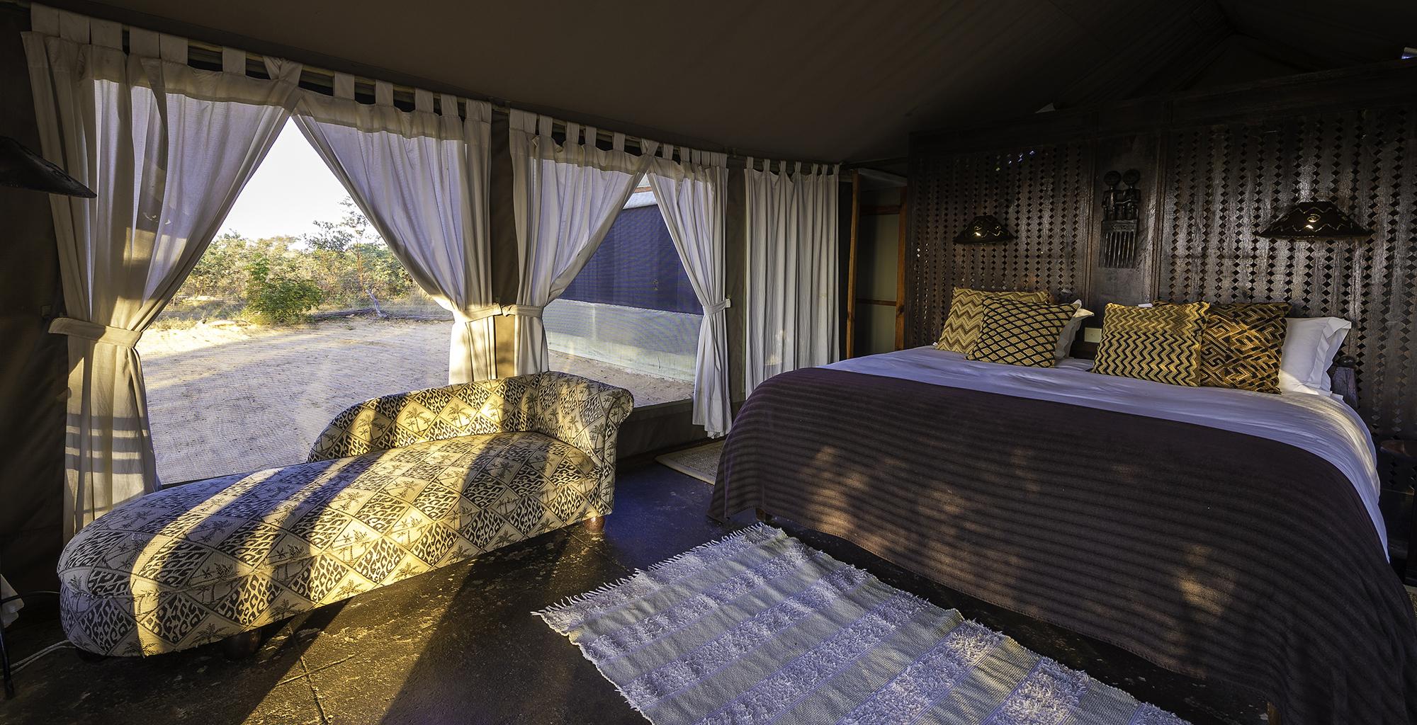 Zimbabwe-Davisons-Camp-Bedroom