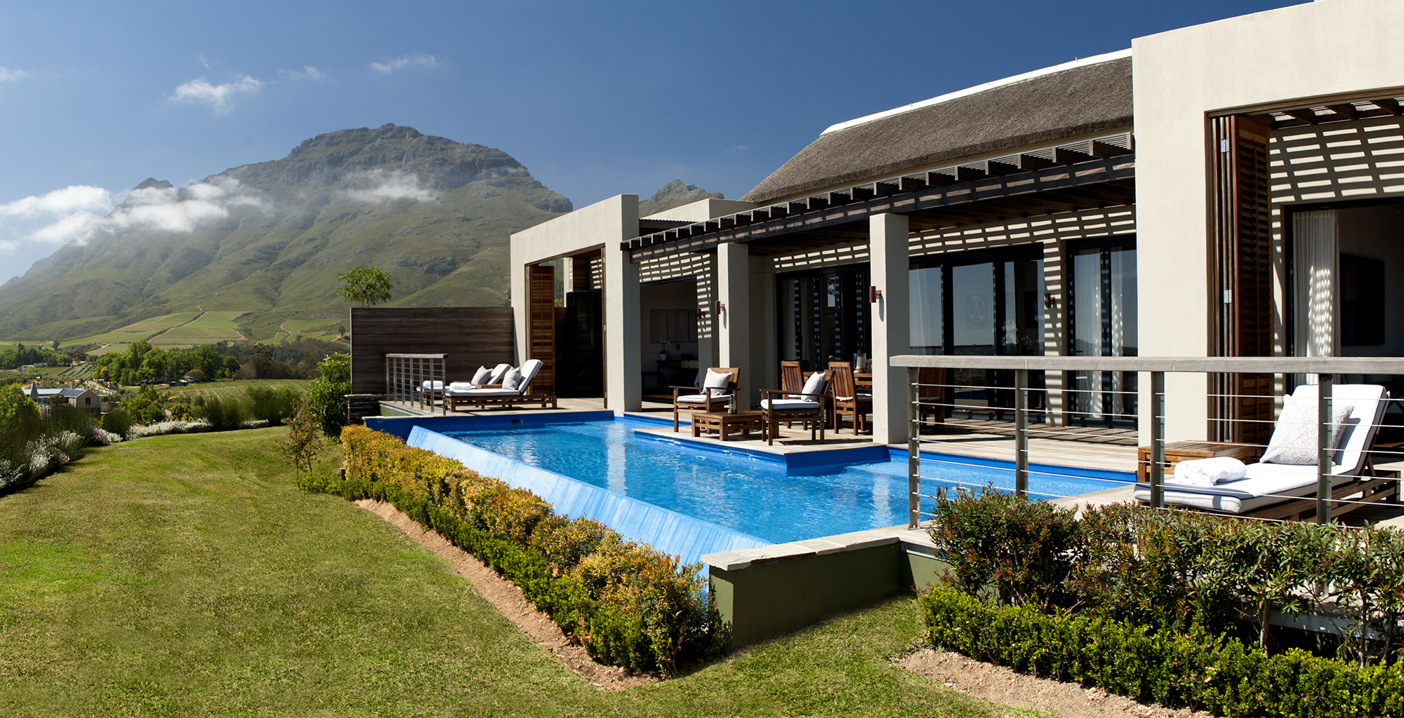 South-Africa-Delaire-Spa-Lodge-Exterior