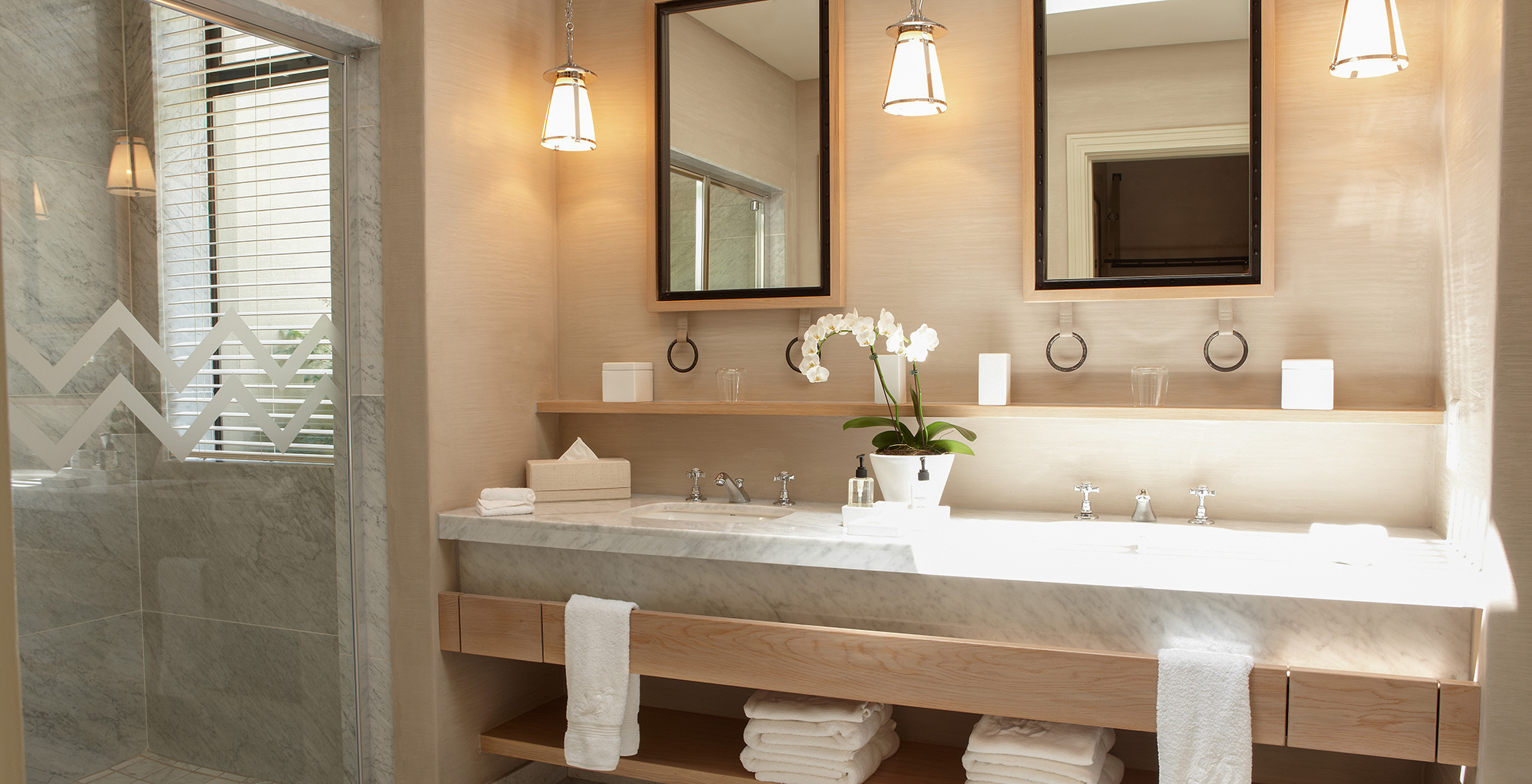 South-Africa-Delaire-Spa-Lodge-Bathroom