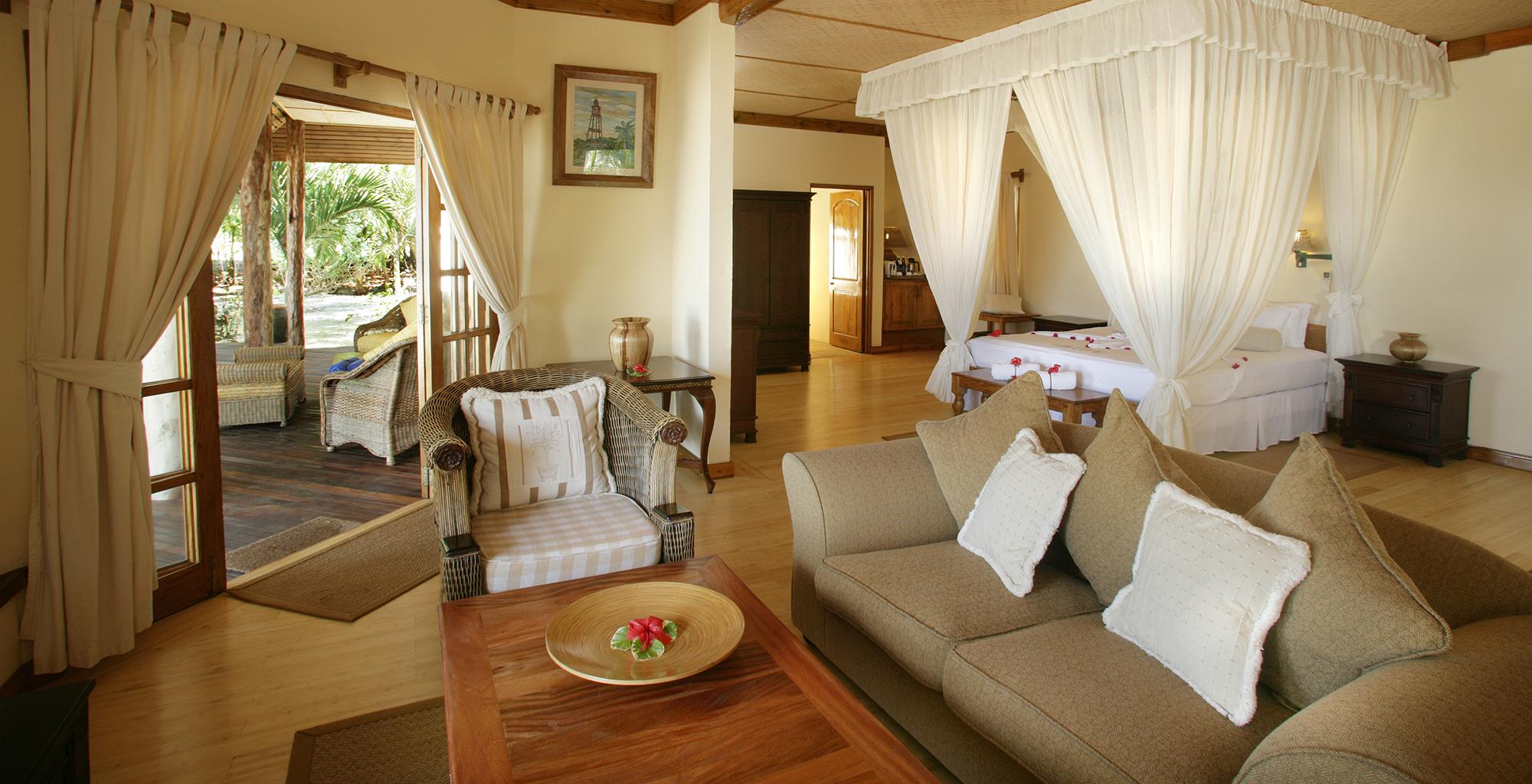 Seychelles-Denis-Island-Lodge-Bedroom-Veranda