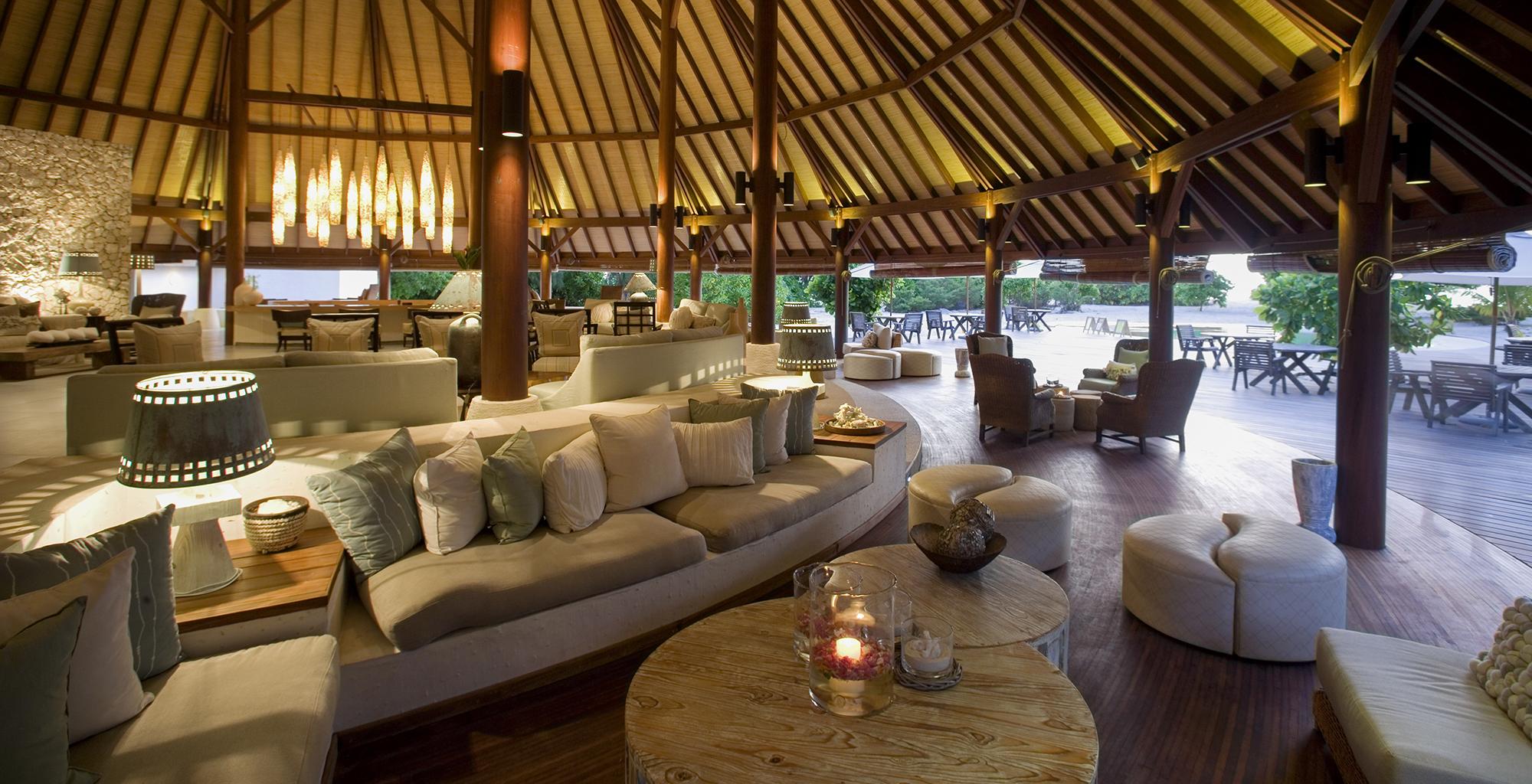 Seychelles-Denis-Island-Lodge-Lounge