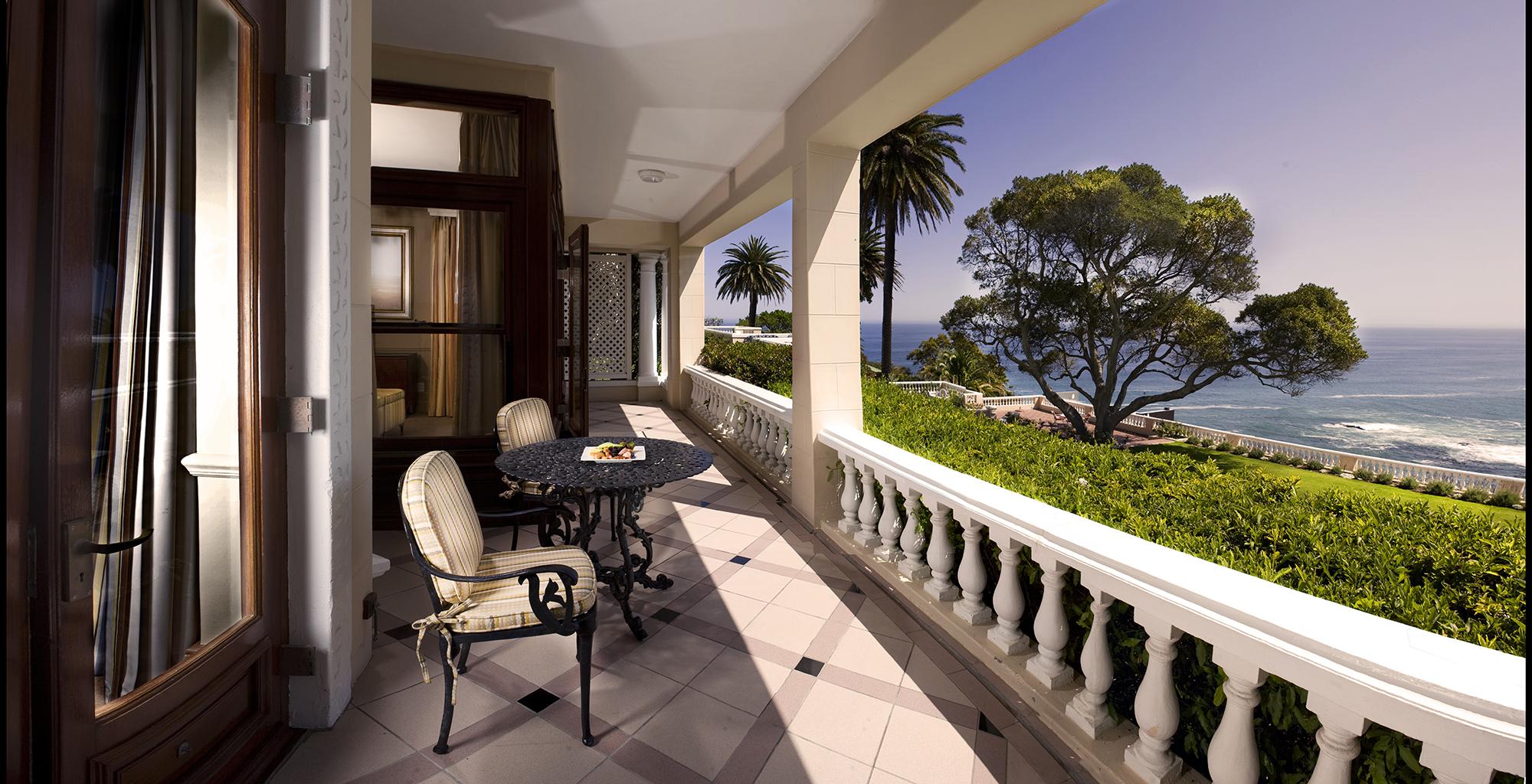 South-Africa-Ellerman-House-Balcony