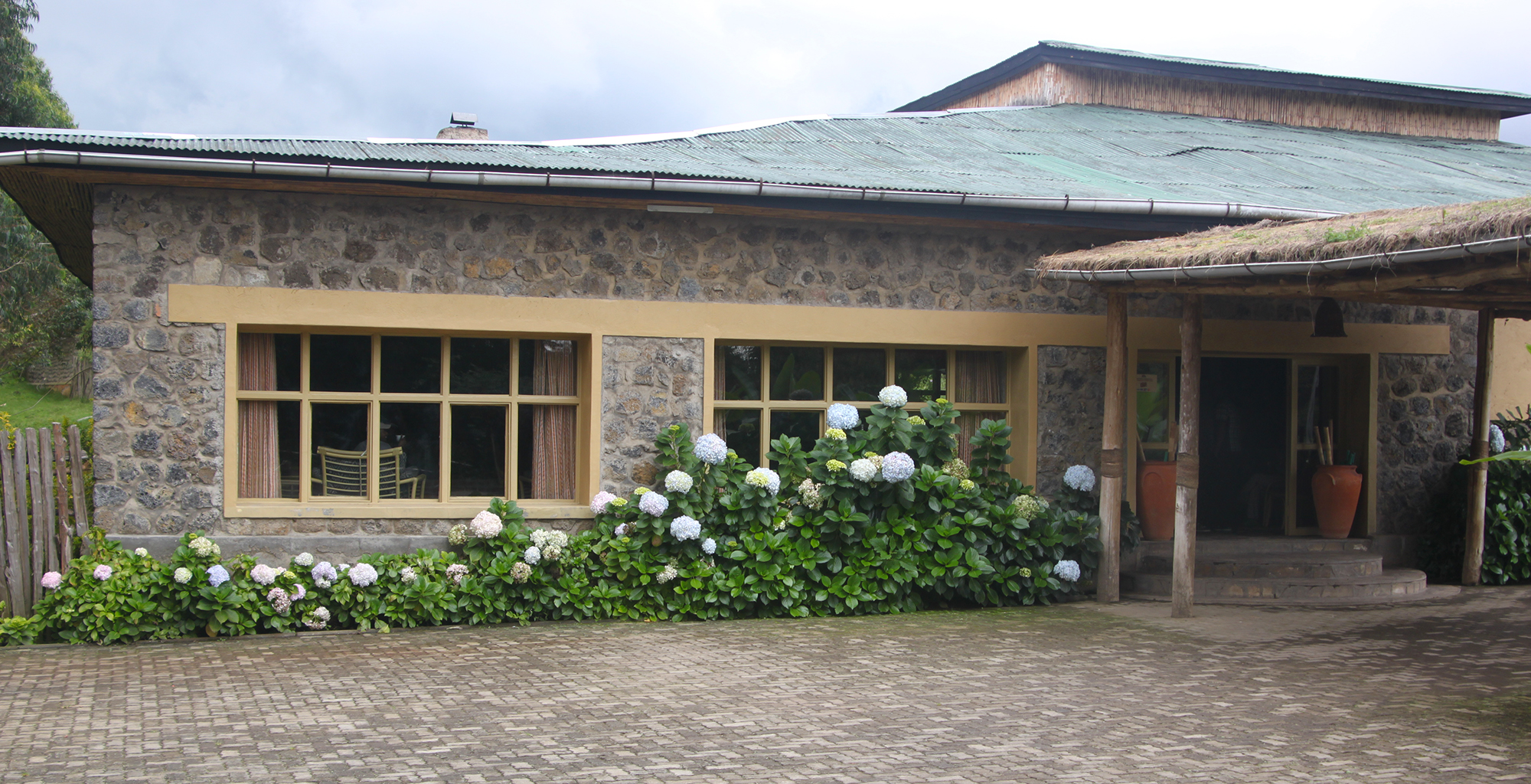 Rwanda-Mountain-View-Gorilla-Lodge-Exterior-Front