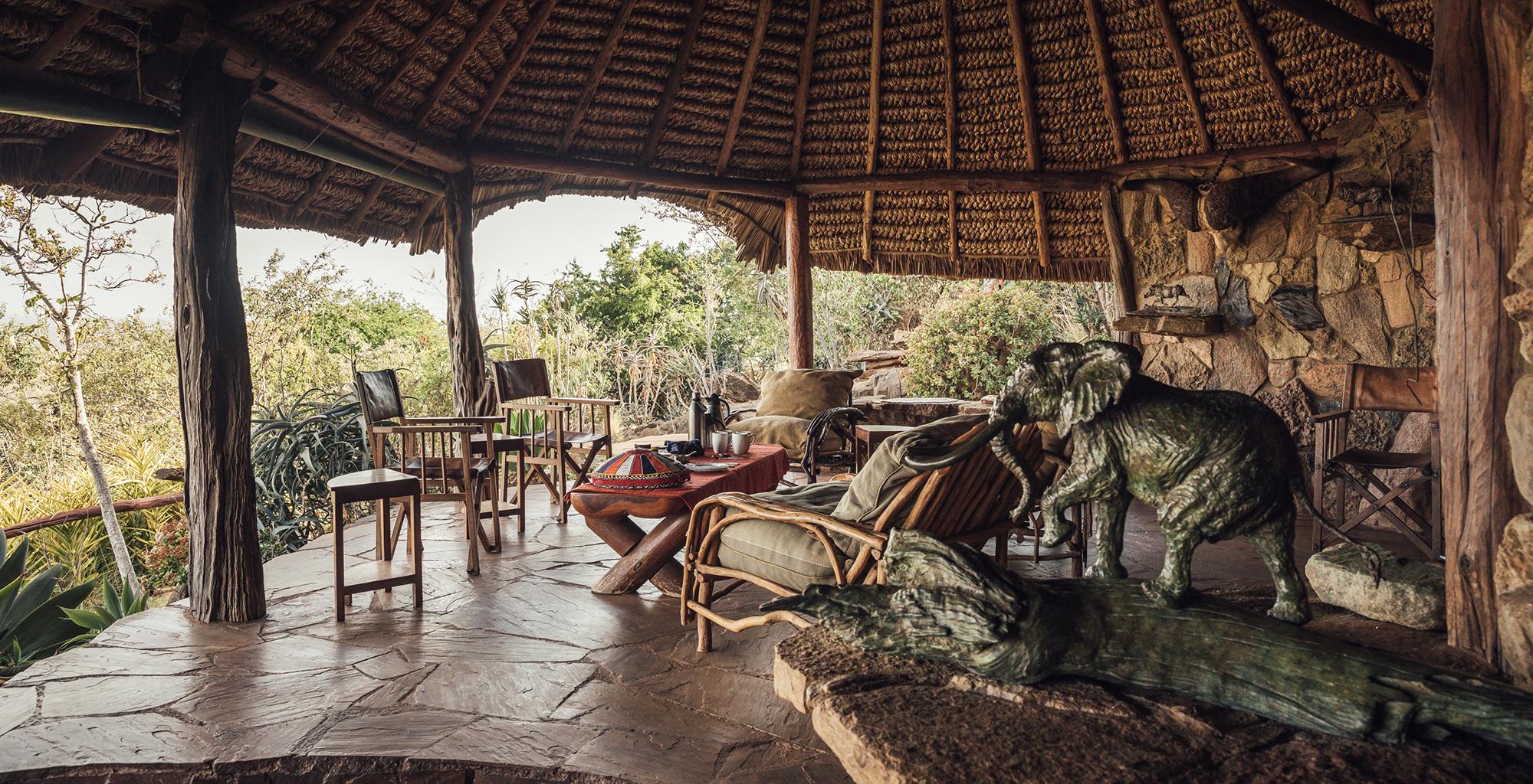Kenya-Ol-Malo-Lodge-Deck
