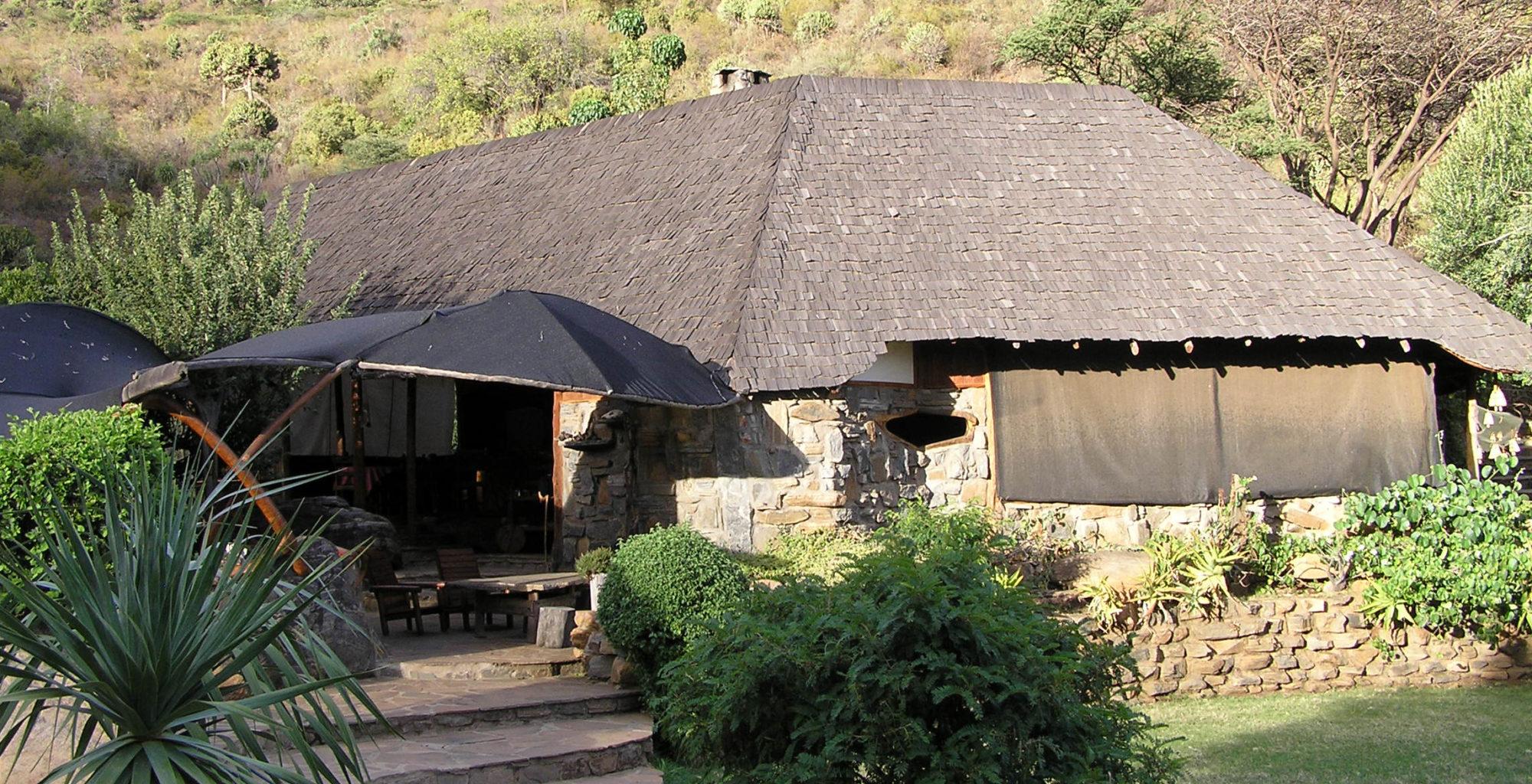 Kenya-Desert-Rose-Lodge-Exterior