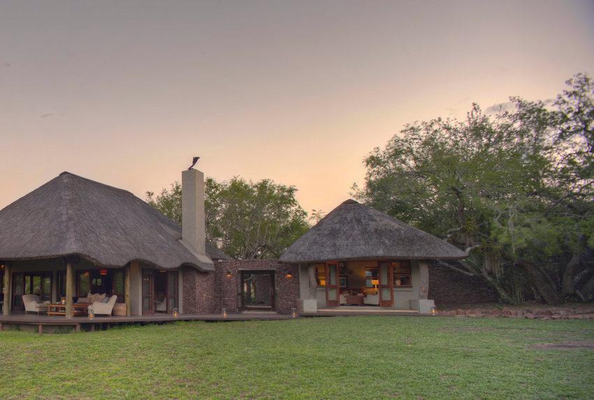 South-Africa-Phinda-Zuka-Lodge-Exterior