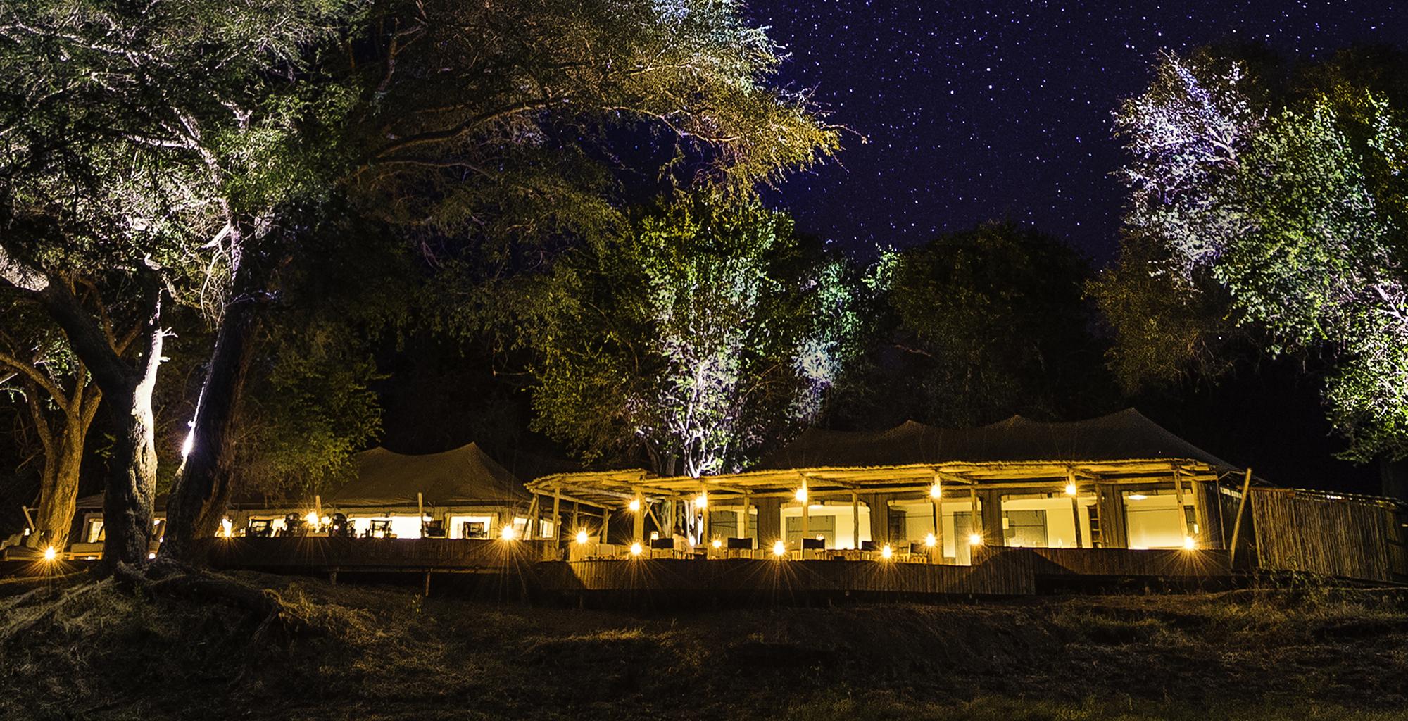 Zimbabwe-Ruckomechi-Exterior-Night