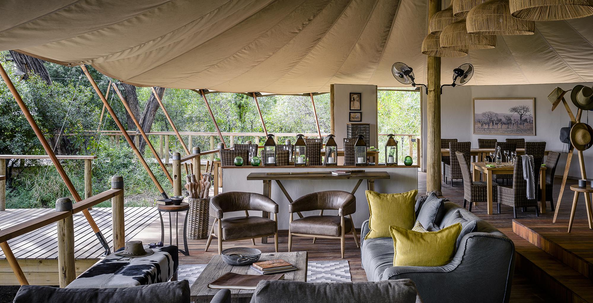 Botswana-Stanley-Camp-Lounge