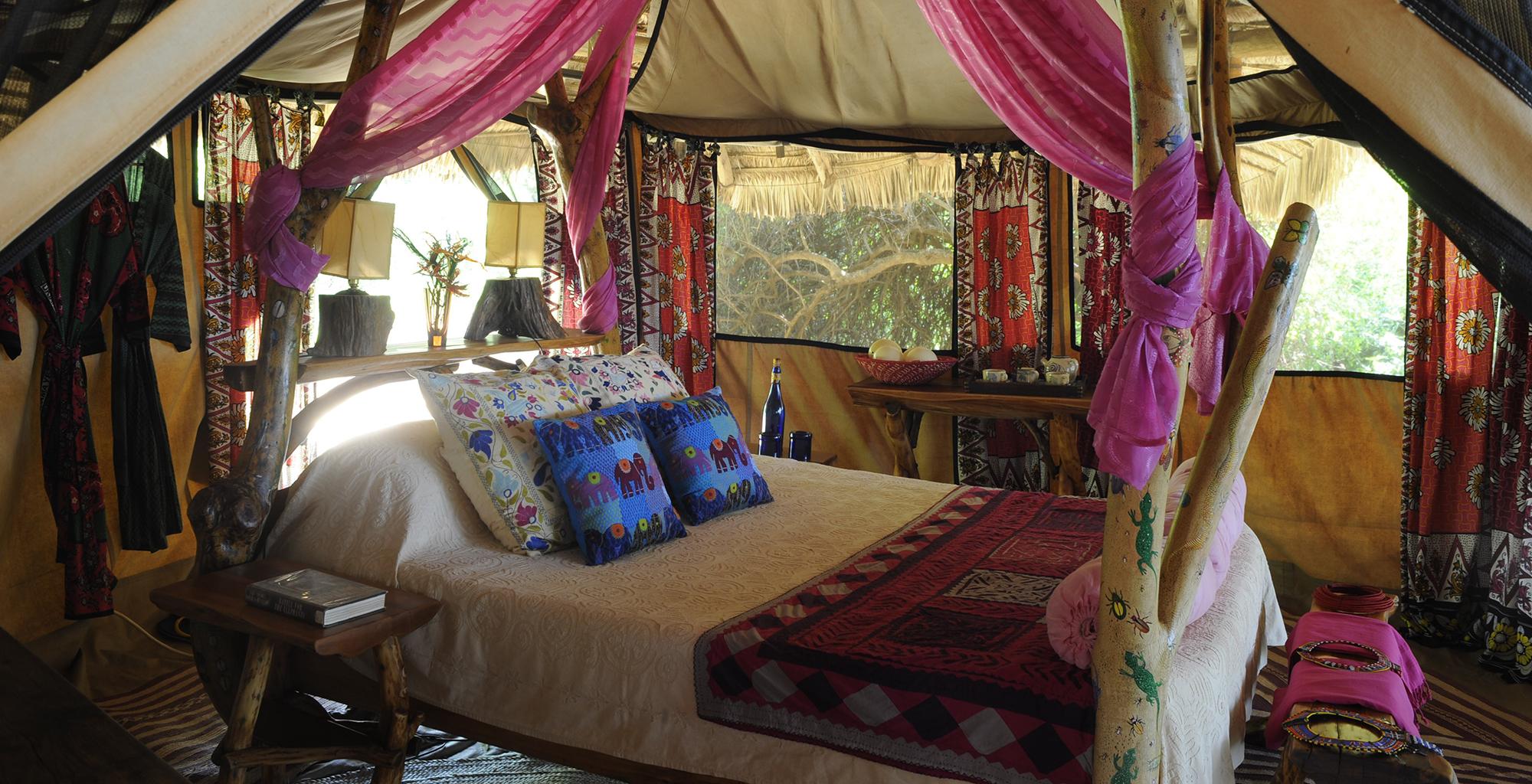Kenya-Elephant-Watch-Bedroom