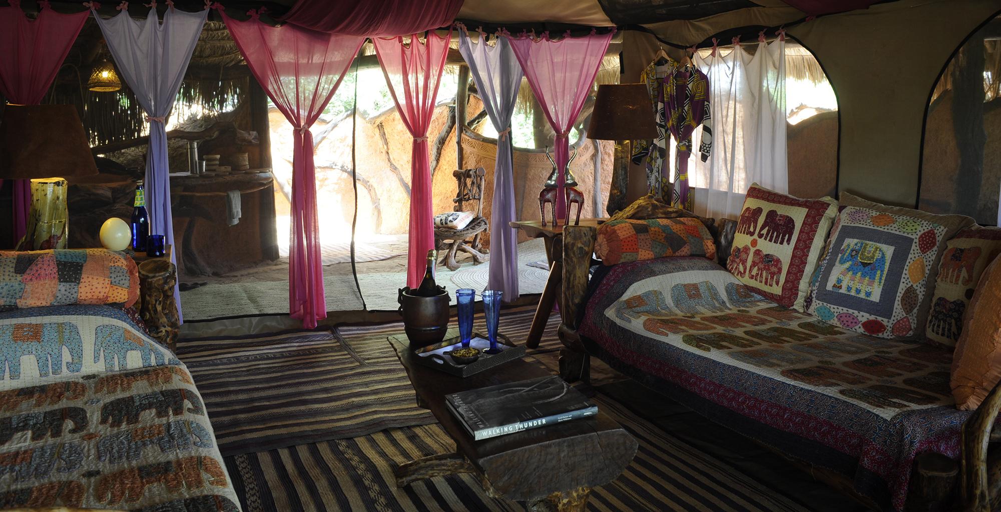 Kenya-Elephant-Watch-Lounge