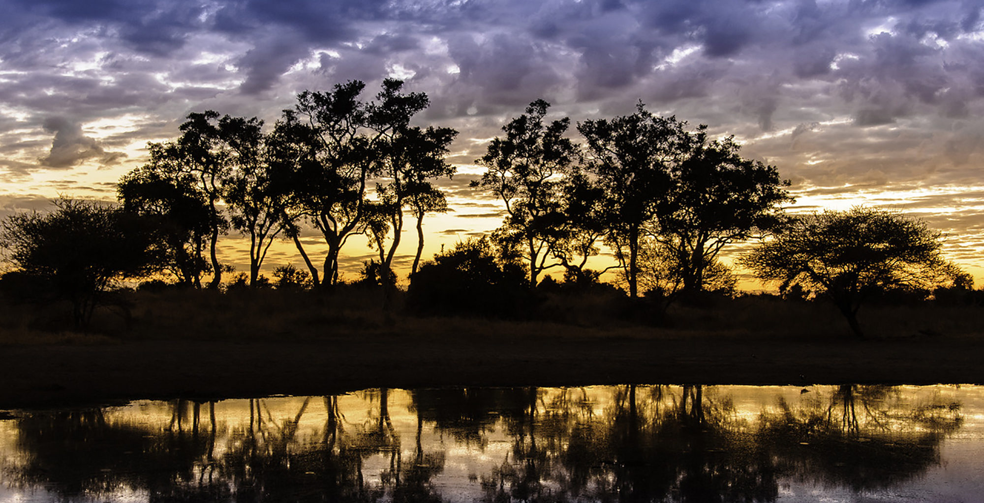 Mombo-Camp-Botswana-Sunset