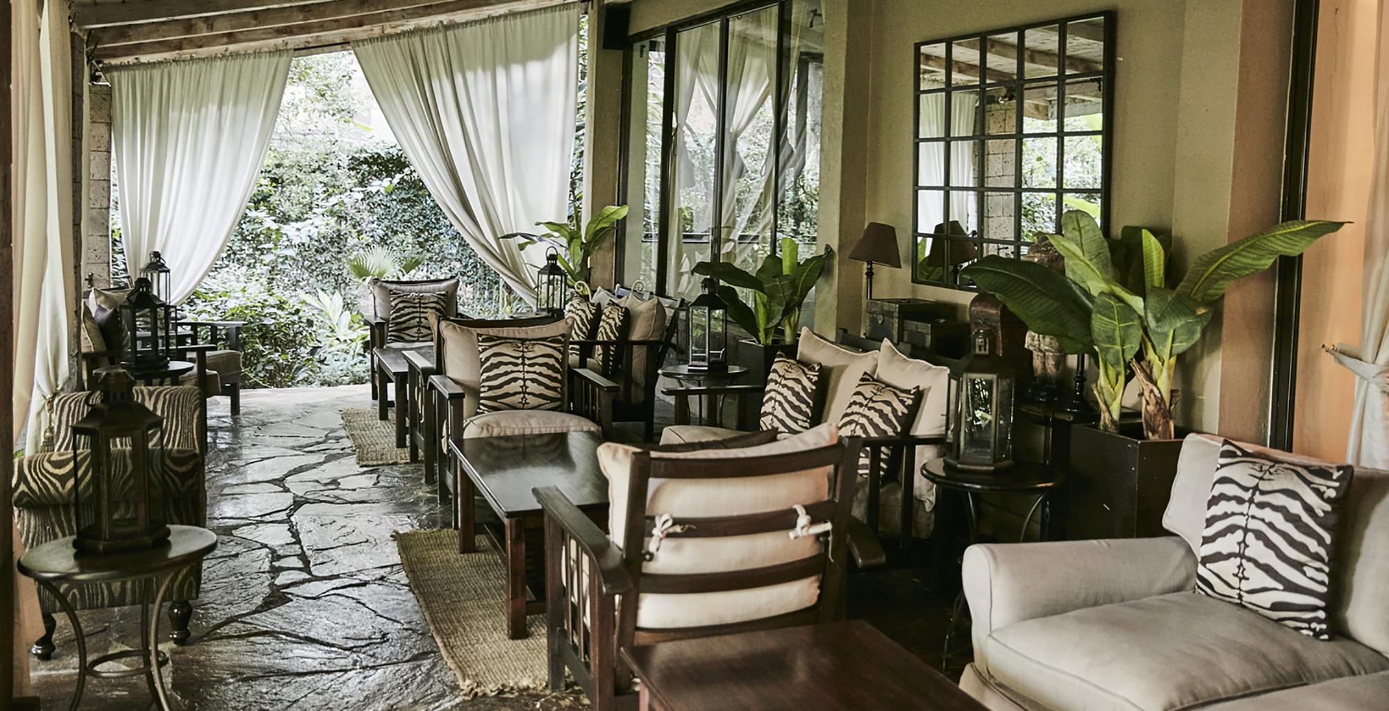 Kenya-Palacina-Nairobi-Restaurant