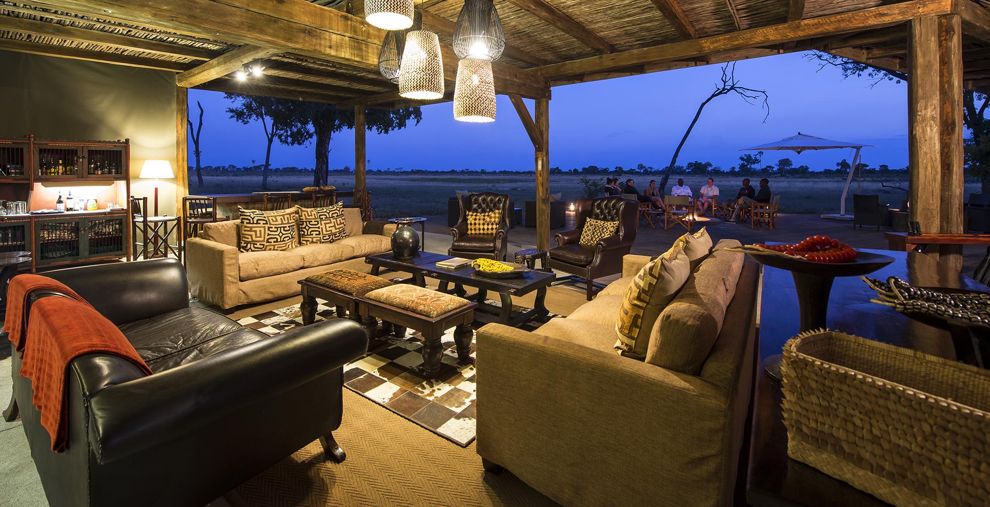 Zimbabwe-Davisons-Camp-Lounge