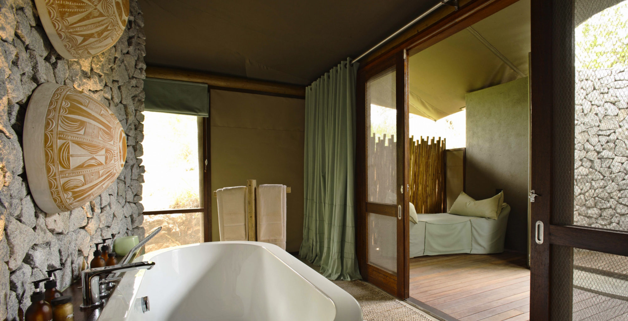 South-Africa-Ngala-Tented-Camp-Bathroom