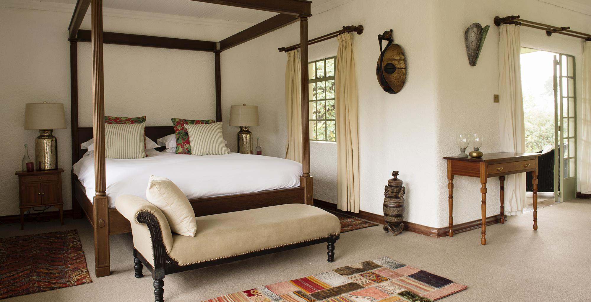 Rwanda-Sabyinyo-Silverback-Lodge-Bedroom
