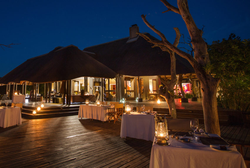 South-Africa-Chitwa-Chitwa-Exterior-Deck-Night
