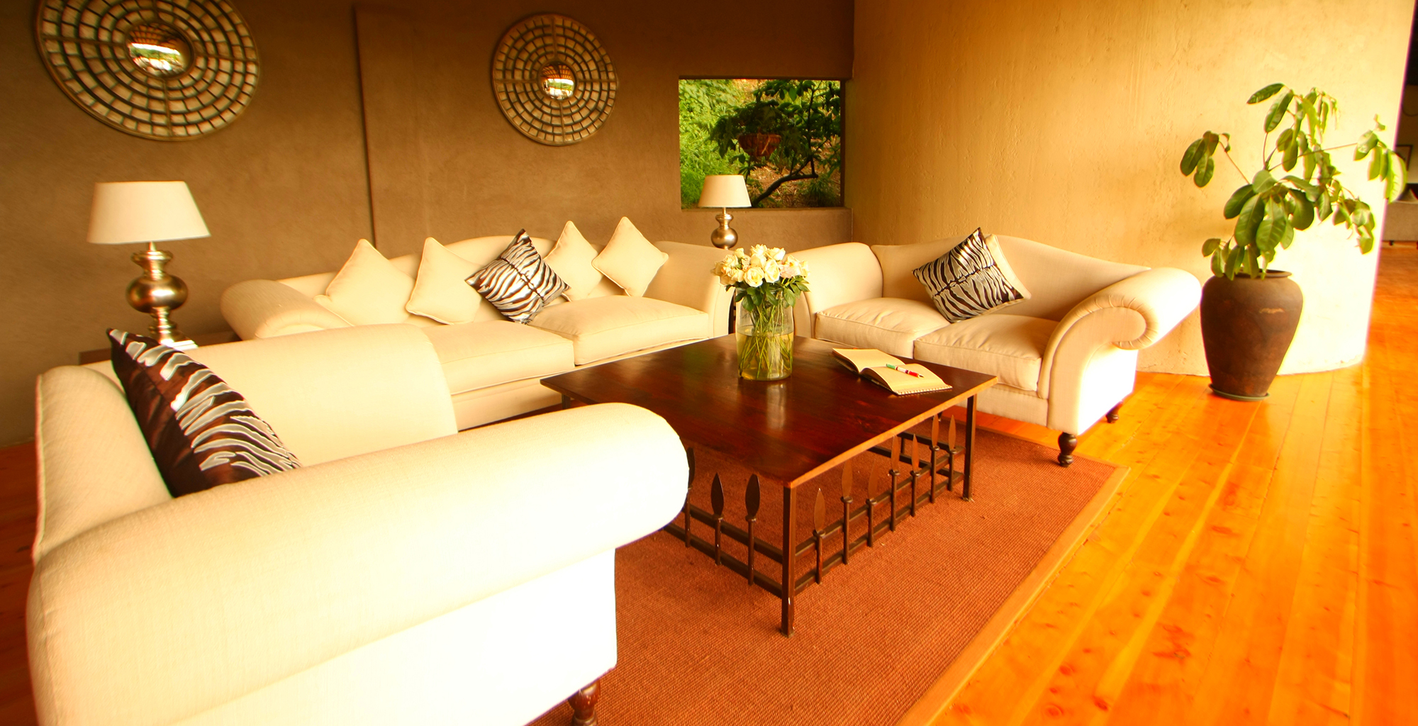 Kenya-Emakoko-Living-Room