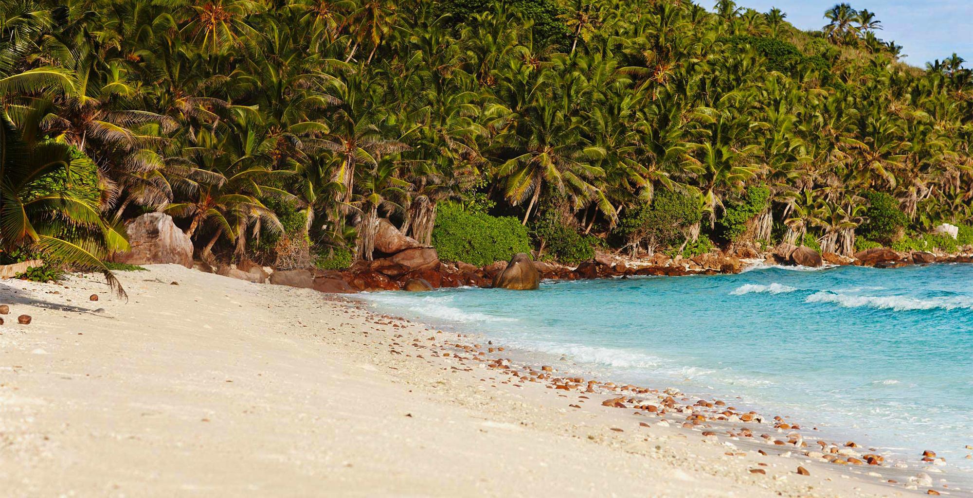 Seychelles-Fregate-Island-Beach