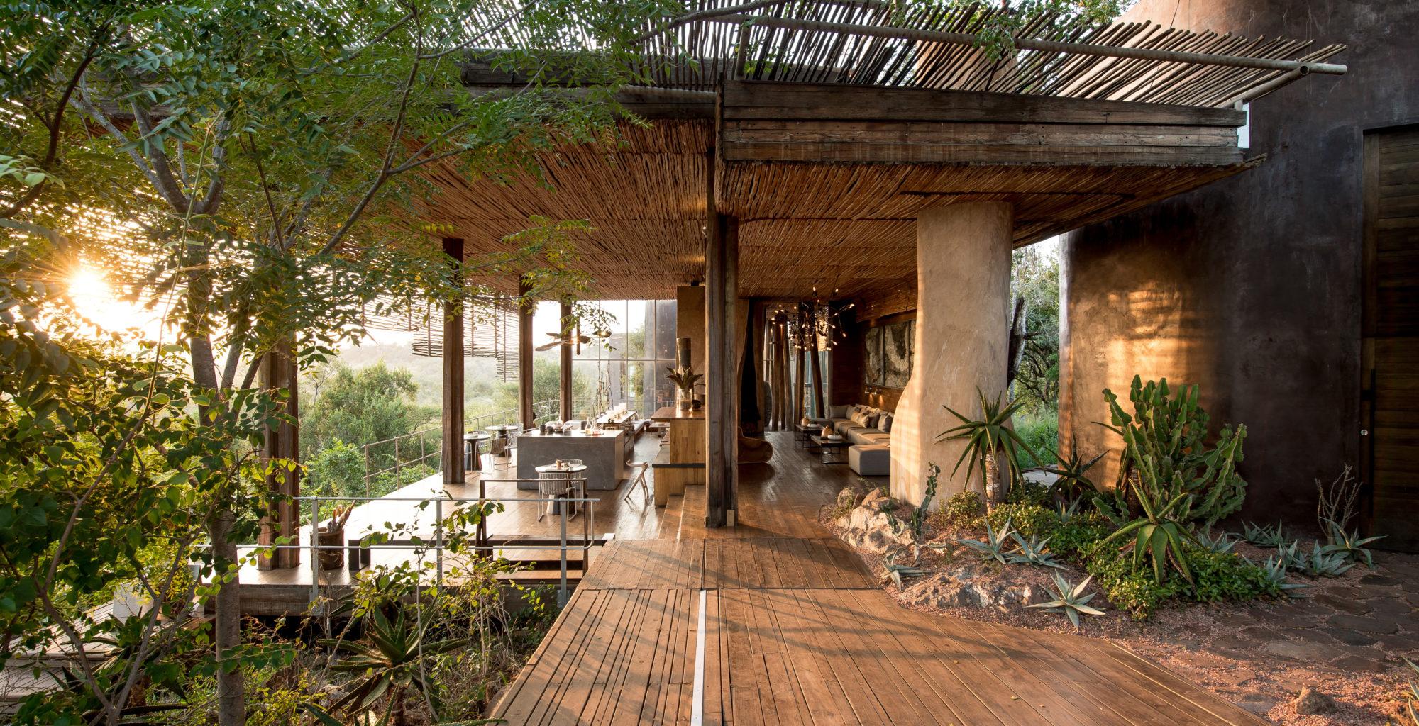 South-Africa-Singita-Lebombo-Lounge-Dining