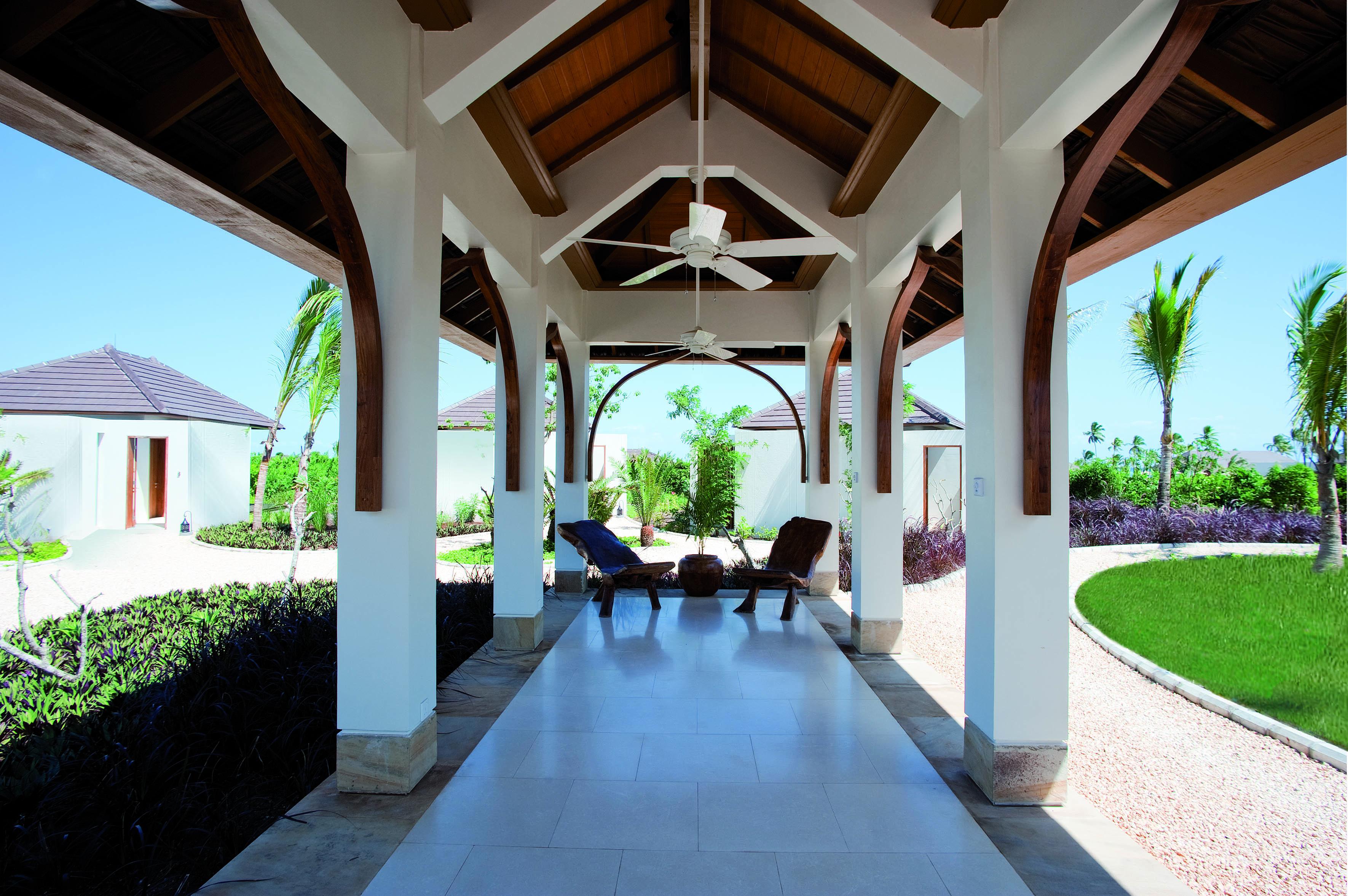 The Residence Tanzania Entrance