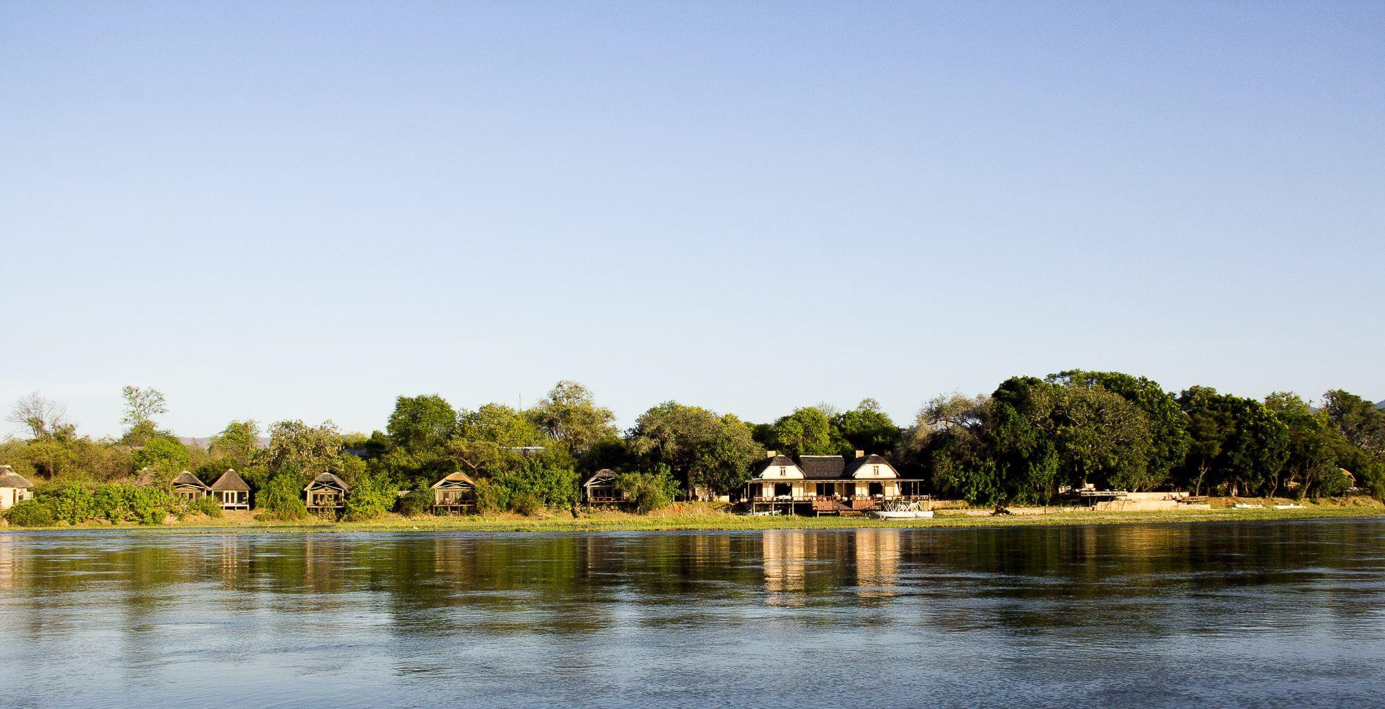 Zambia-Royal-Zambezi-on-River