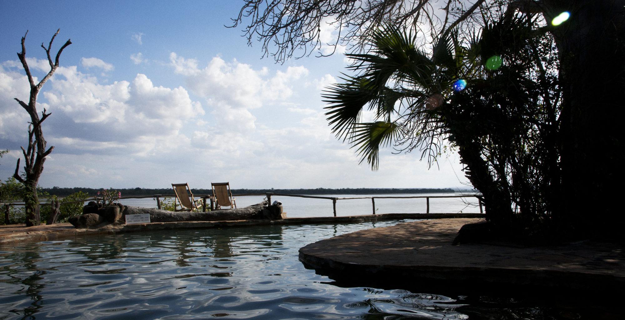 Tanzania-Sand-Rivers-Pool