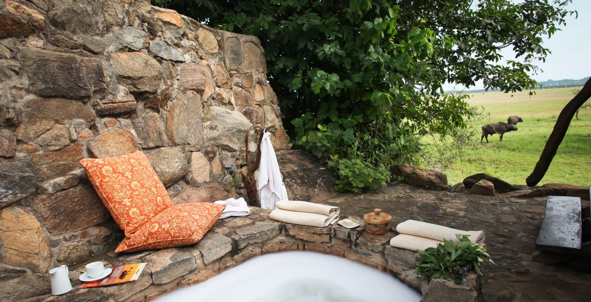 Apoka Uganda Bath