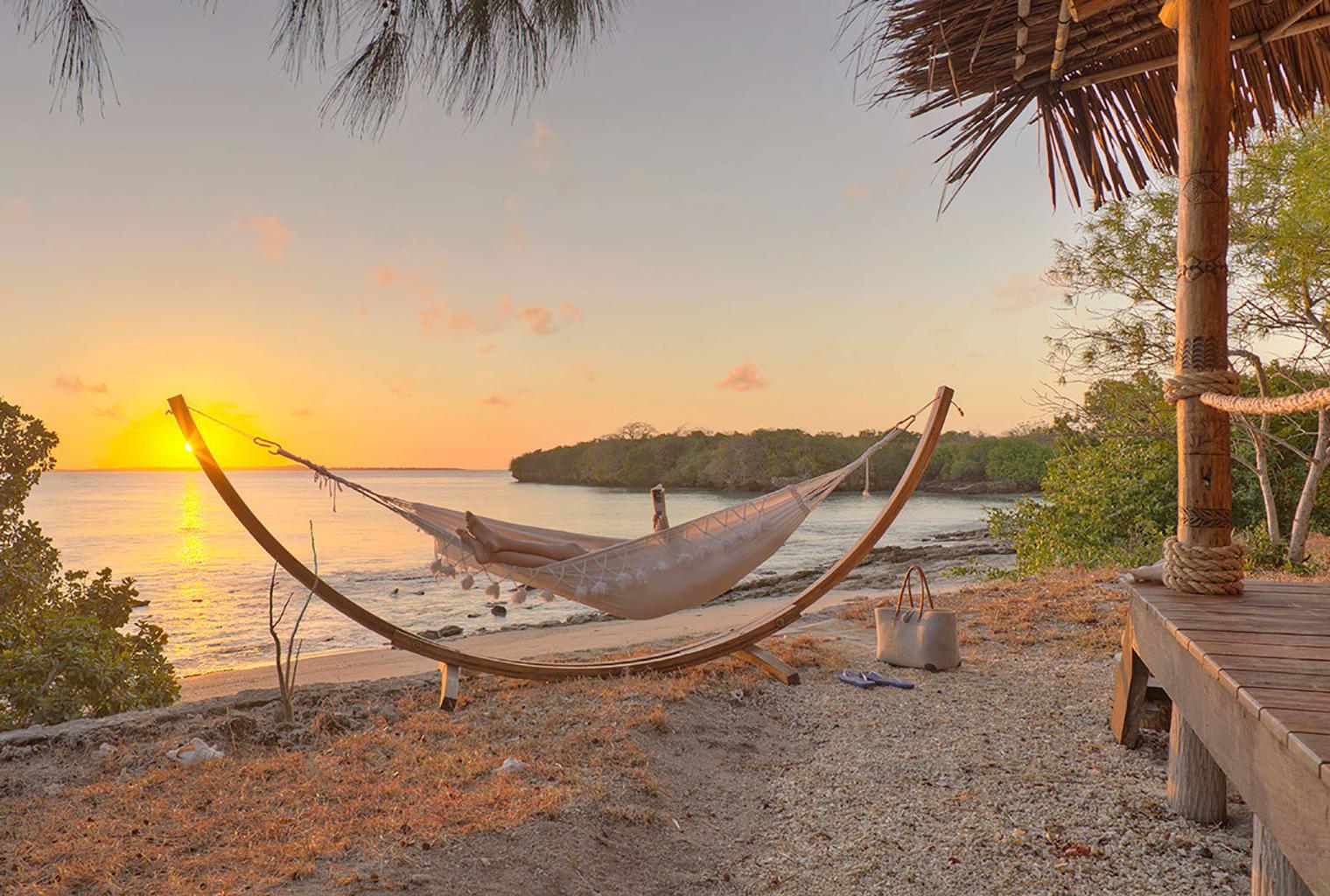 Azura-Quilalea-Mozambique-Hammock