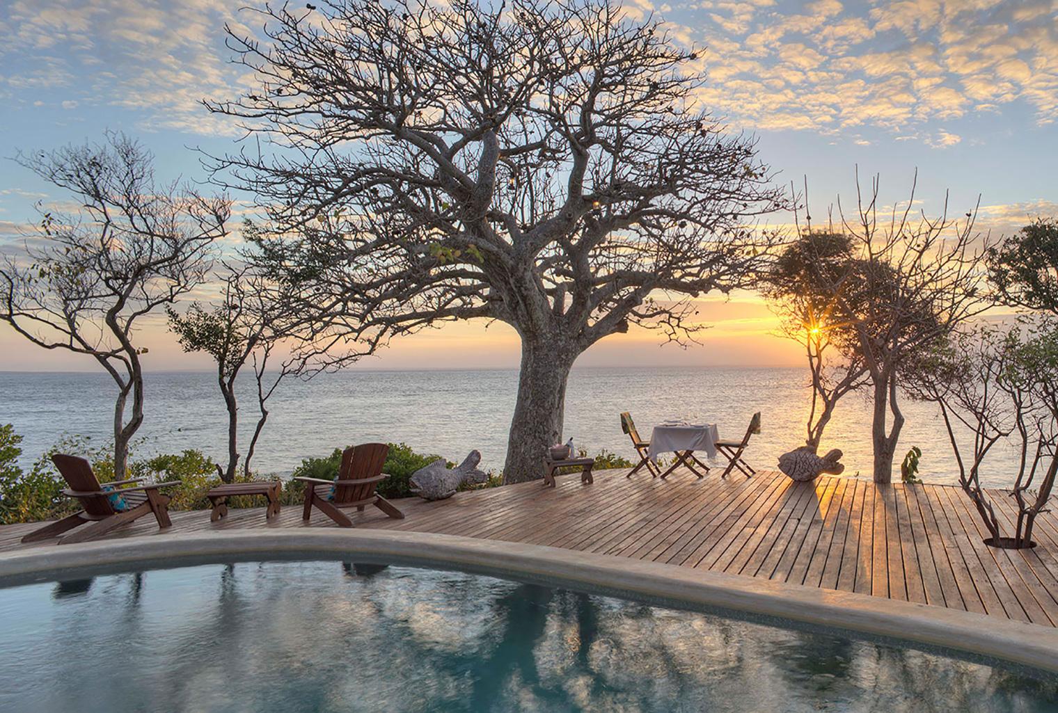 Azura-Quilalea-Mozambique-Sunset-Deck