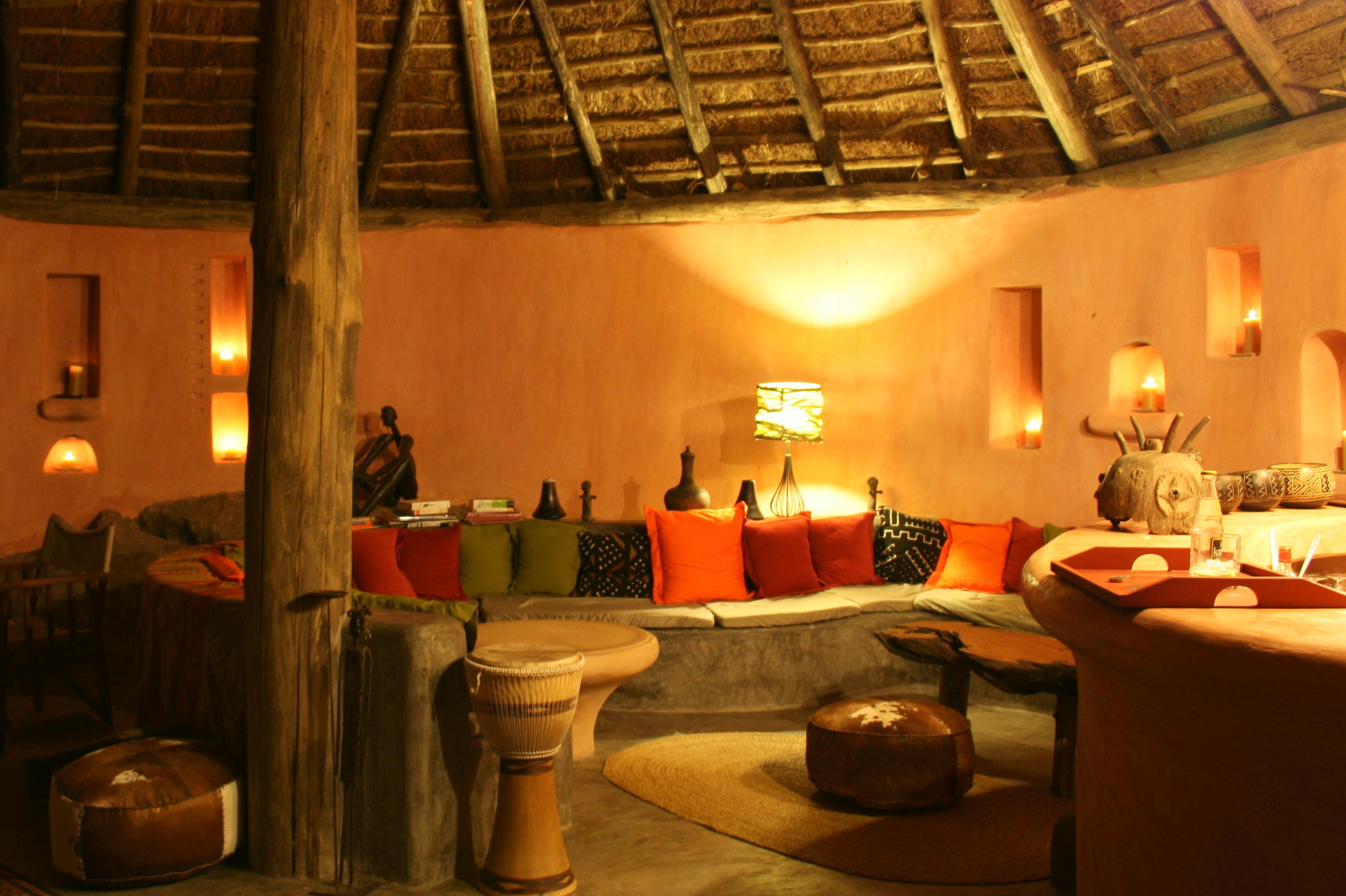 ihingo Lodge Uganda  Bar Evening