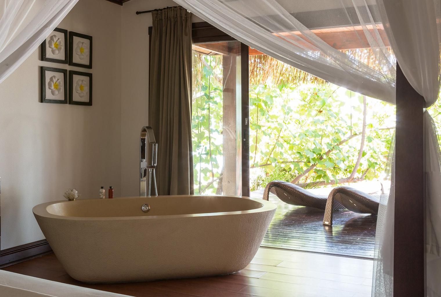Bazaruto-Resort-and-Spa-Mozambique-Bath