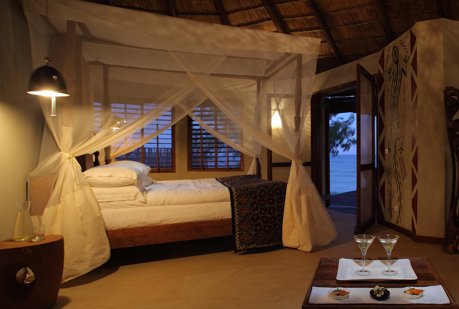 Coral-Lodge-Mozambique-Bed