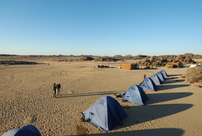Sudan-Tombos-Wild-Camping-Tent-Back