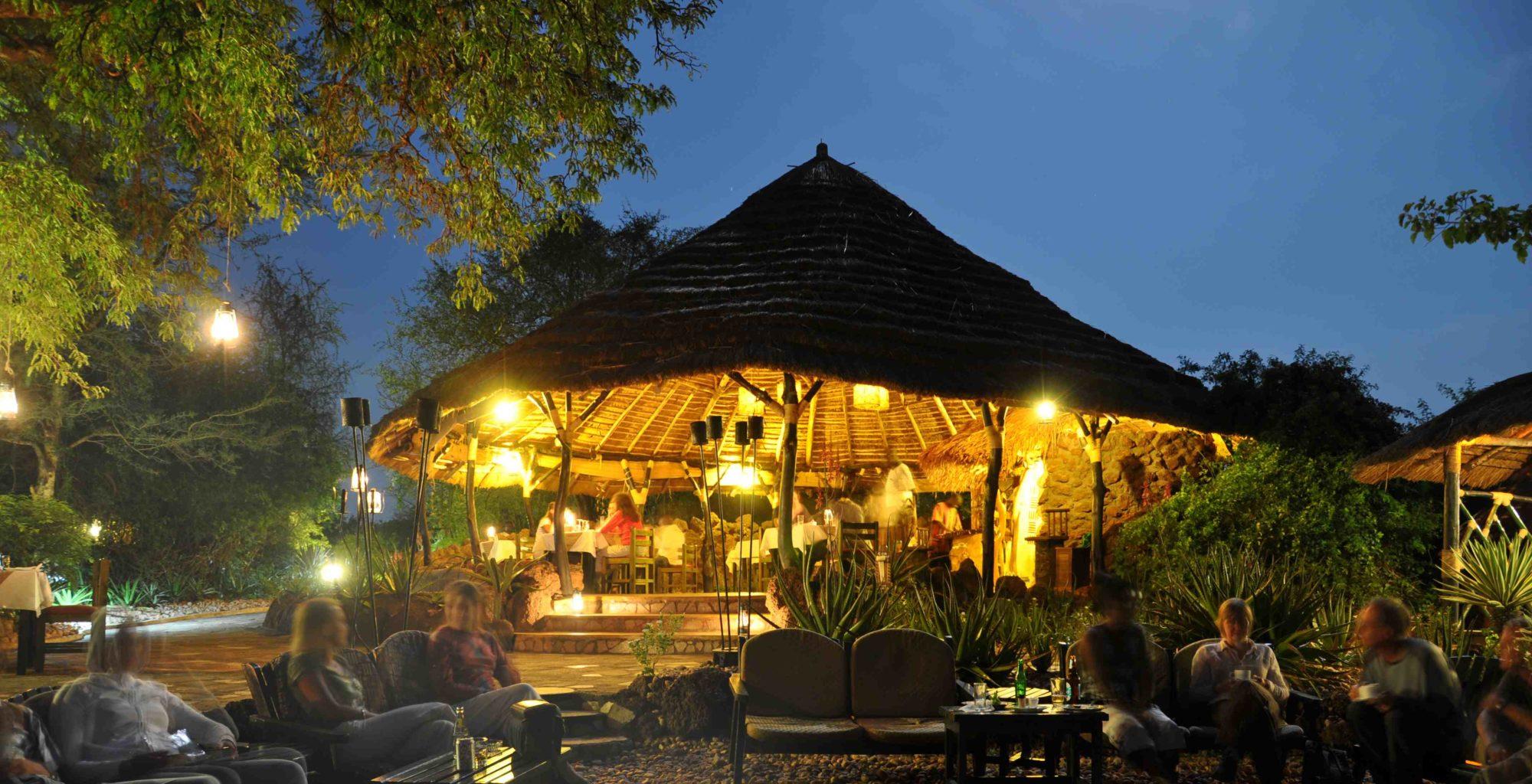 Dining Area Nile Safari Lodge