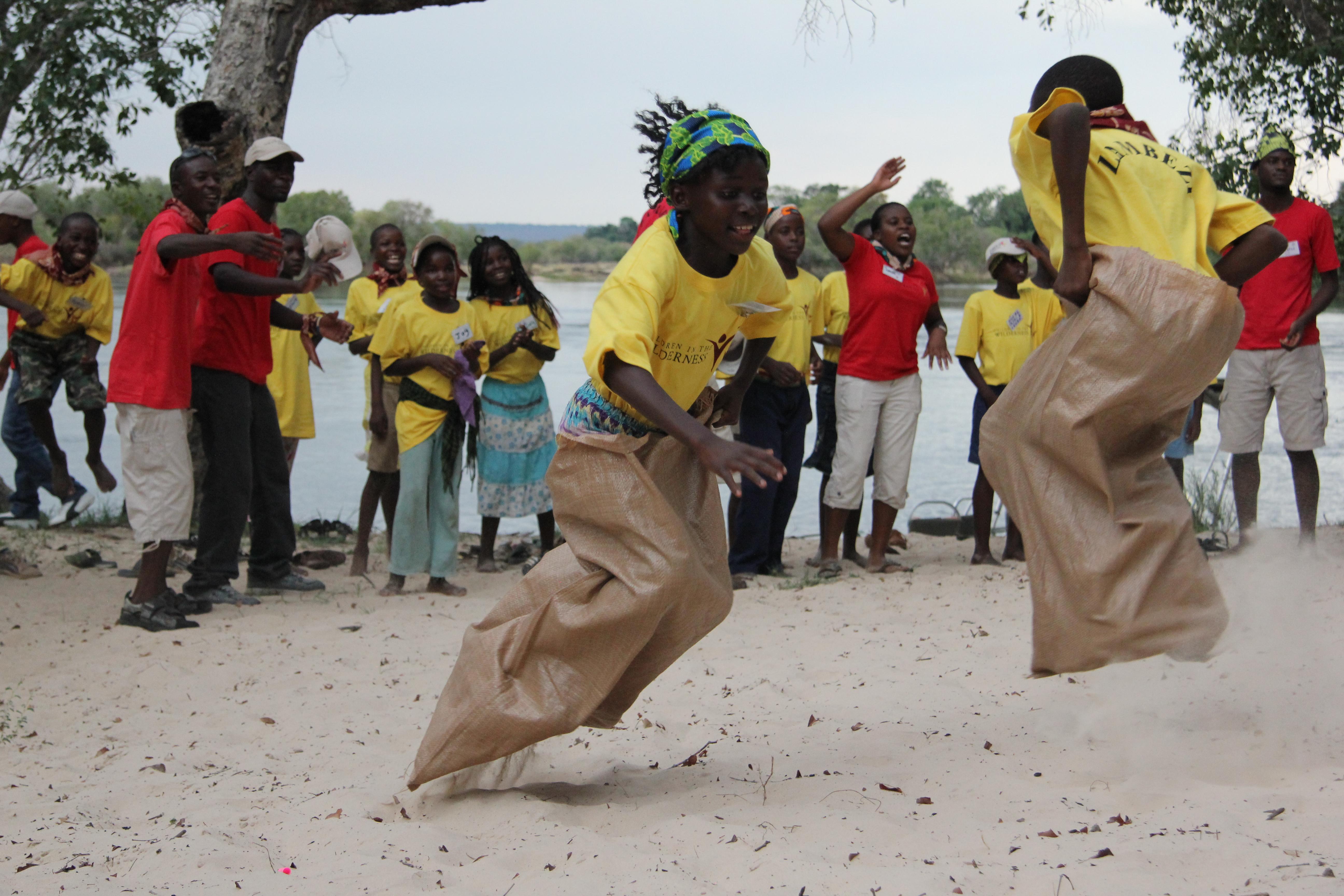 Toka-Leya-Camp-Zambia-bar Fun_and_games