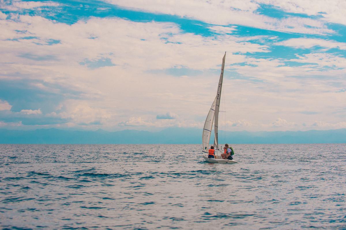 Pumulani Malawi Boat