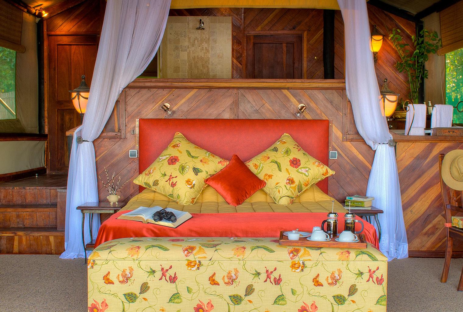 Island-of-Siankaba-Zambia-bedroom