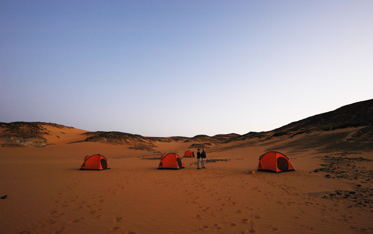 Sudan-Old-Dongola-Wild-Camping-Tents