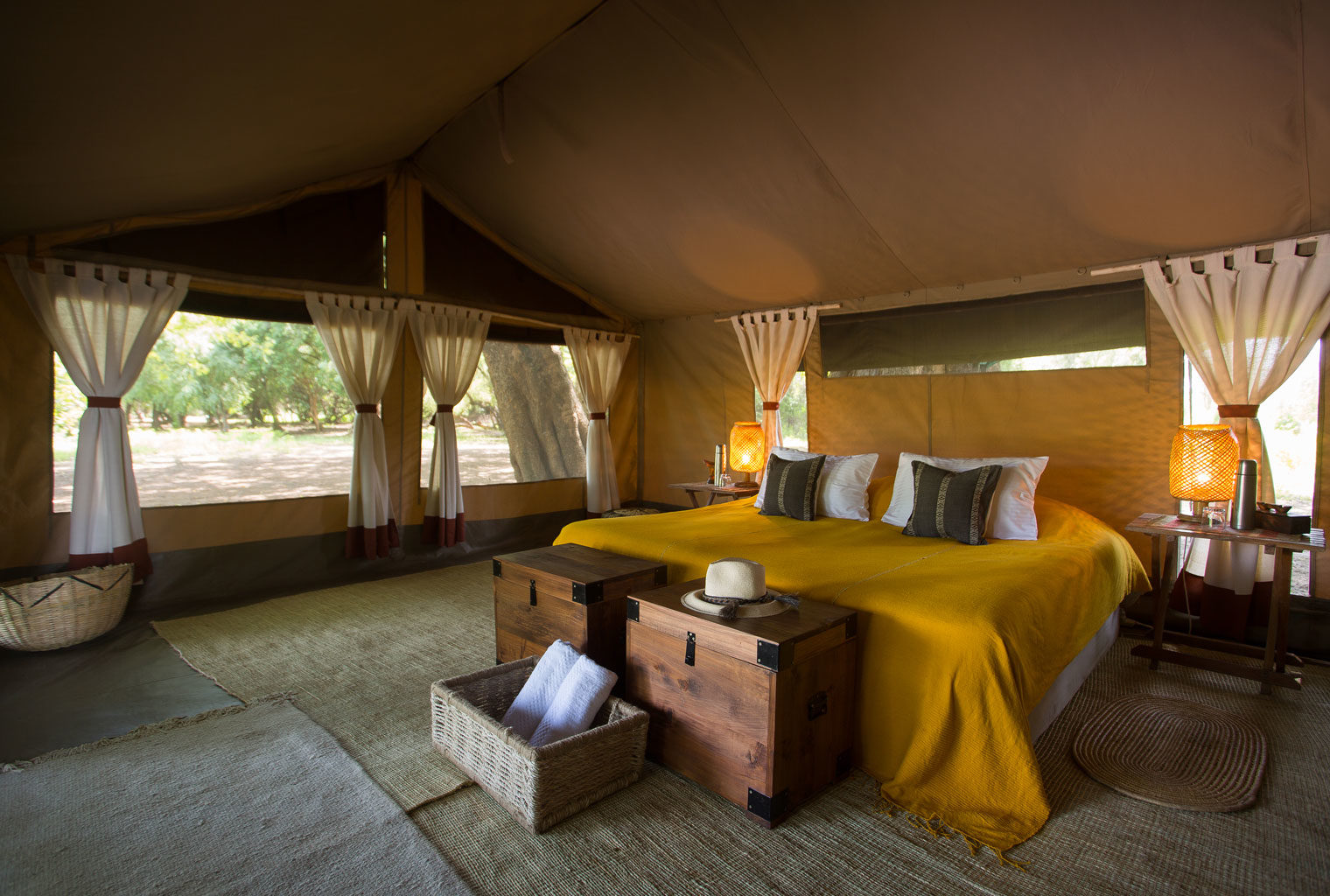 Lales-Camp-Ethiopia-Omo-Valley-Double-Bedroom