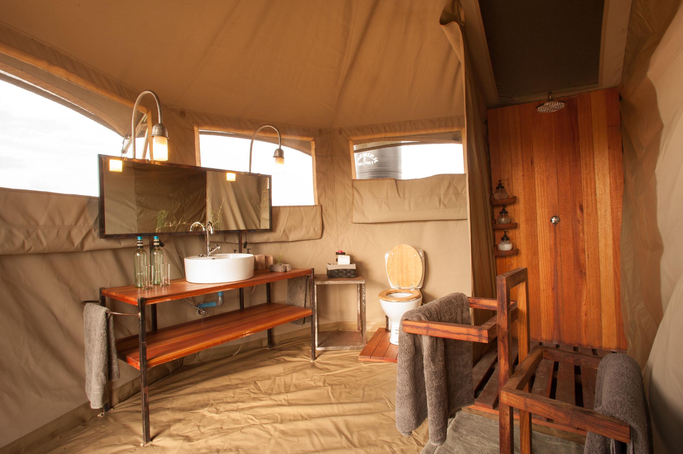 Namiri Plains Camp Tanzania Bathroom