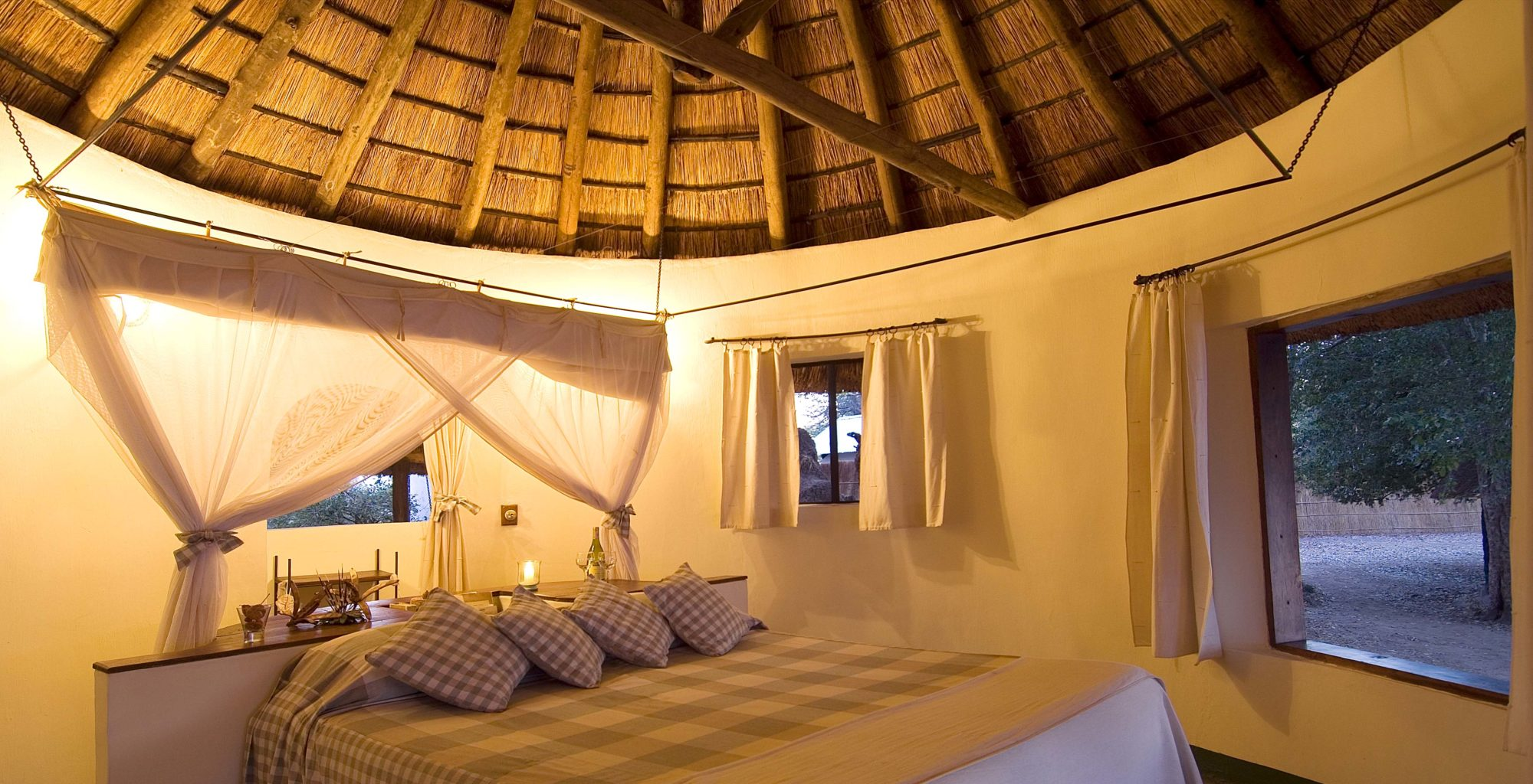 NsefuCamp-Zambia-Bedroom