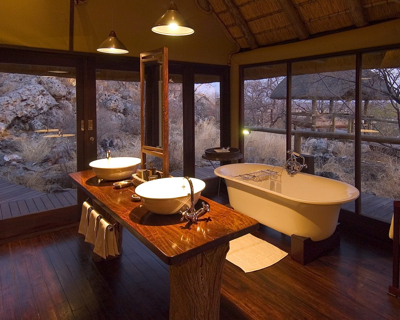 Little Ongava-Namibia-Bathroom