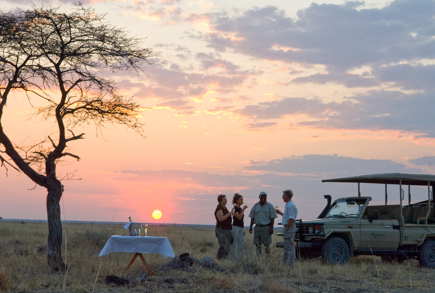 Onguma-Tented-Camp-Game-Drive
