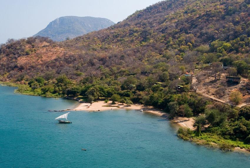 Lake-Malawi-Pumulani-Beach-Lodge-Aerial