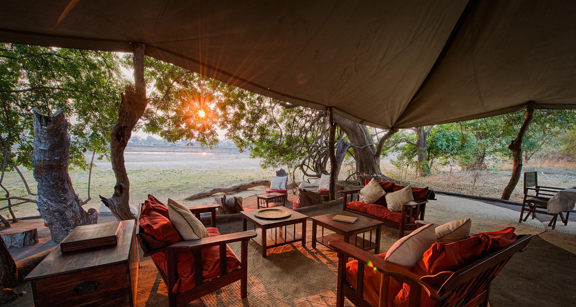 Tena-Tena-Safari-Camp-Zambia-Lounge