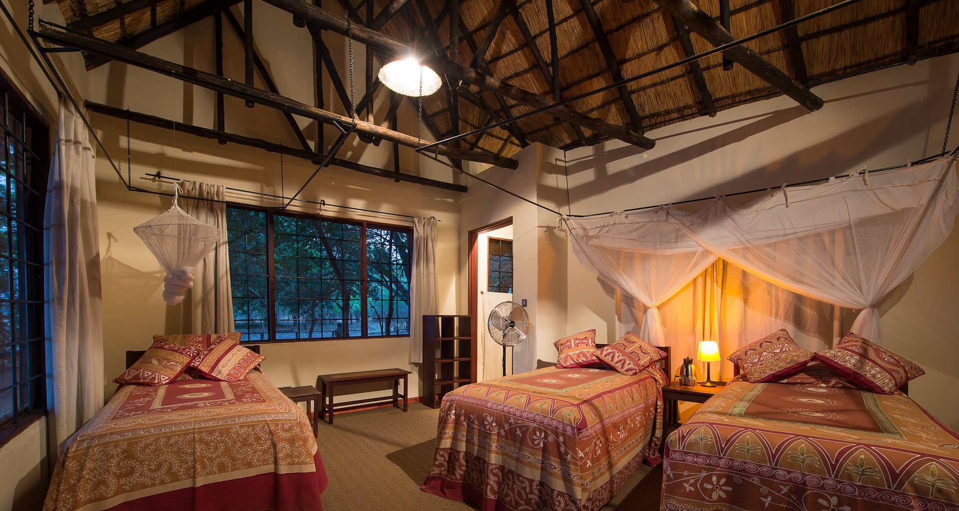 Robins-House-Zambia bedroom