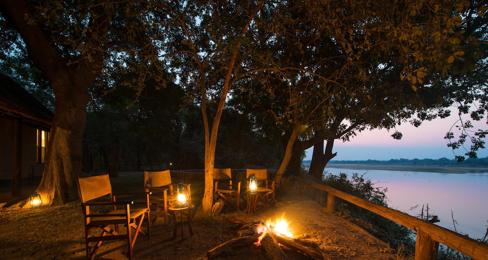 Robins-House-Zambia outside