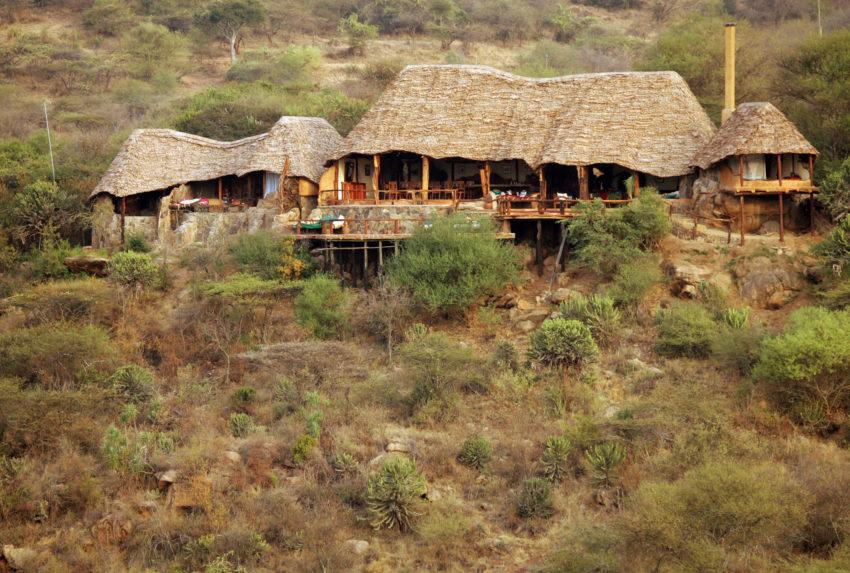 Sabuk Kenya Exterior