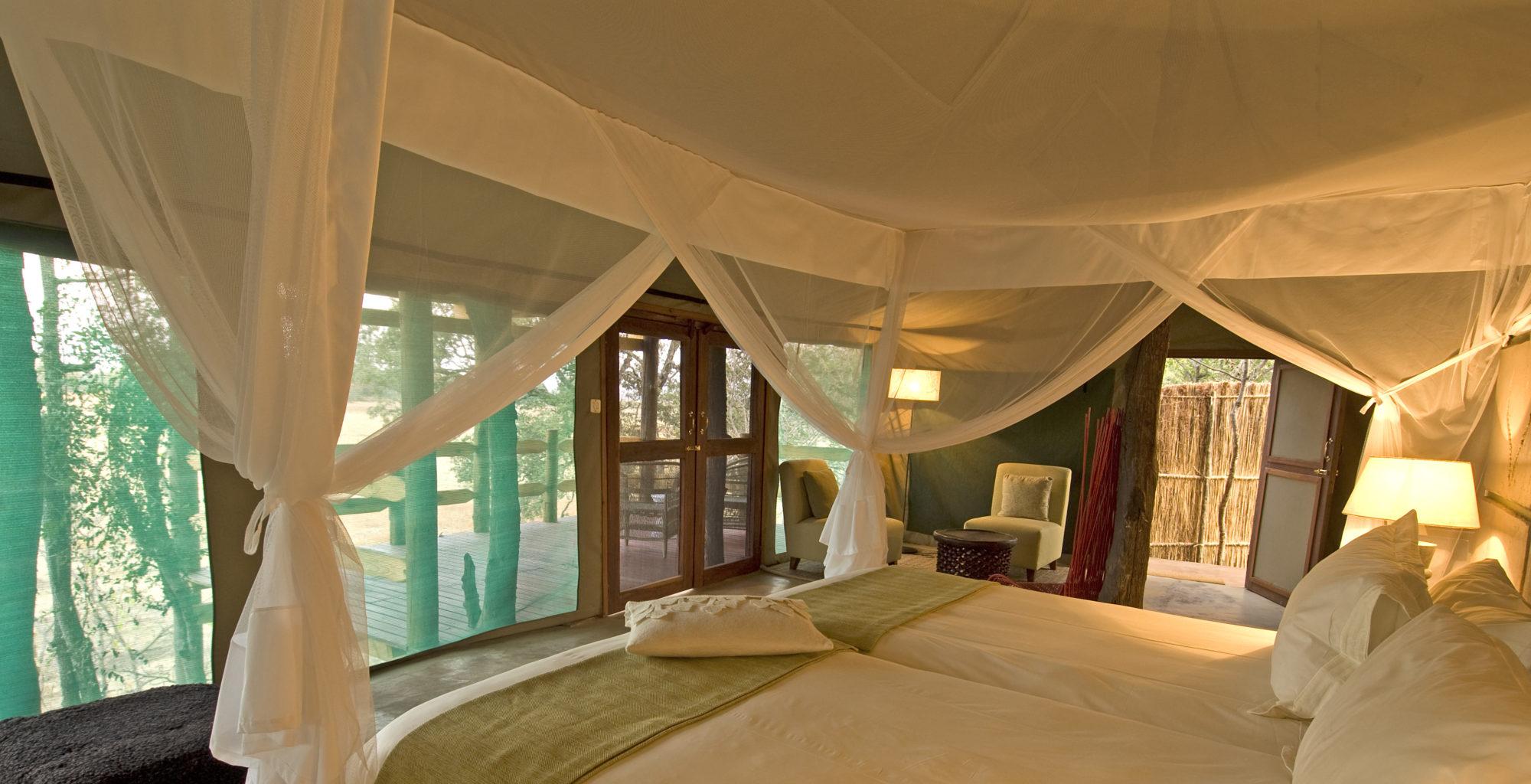 Puku-Ridge-Camp-Zambia-bedroom